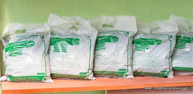 Đất dinh dưỡng - phân trùn quế nguyên chất