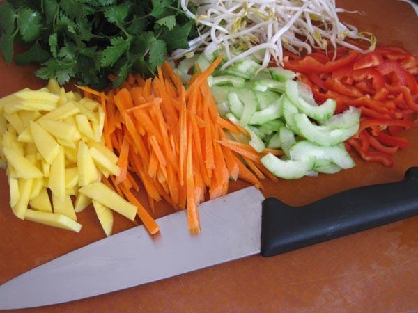 nemchaycuon Cách làm nem chay cho bữa ăn trong Rằm tháng 7